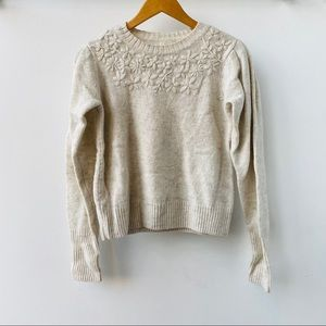Floral detail heather gray sweater